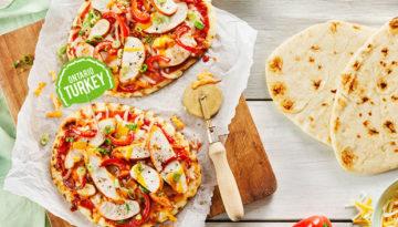 zesty bbq turkey mini pizzas/
